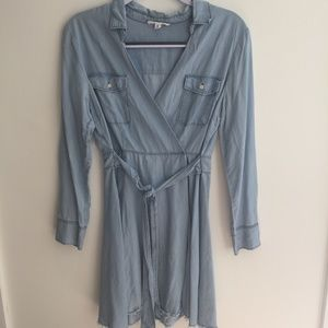 BB Dakota Genesse Chambray Denim Wrap Dress Sz 6